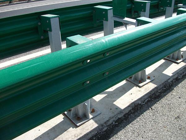 高速公路波形护乐虎国际登录防撞等级测试