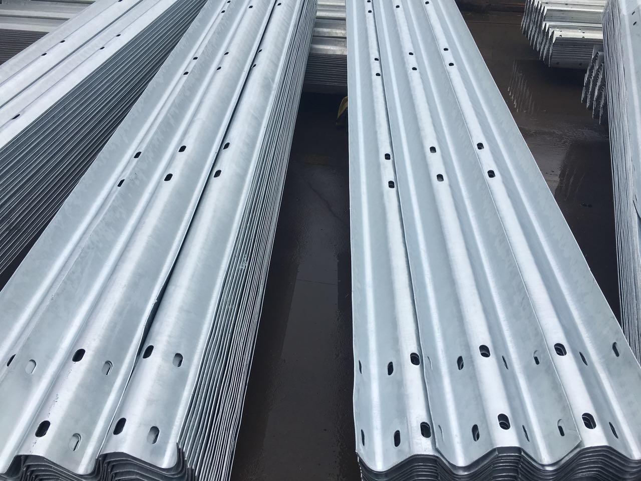 护乐虎国际登录立柱的安装工程